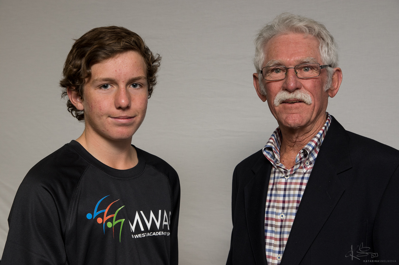 Scholarship athletes-Gary and athletes-MWAS-Geraldton