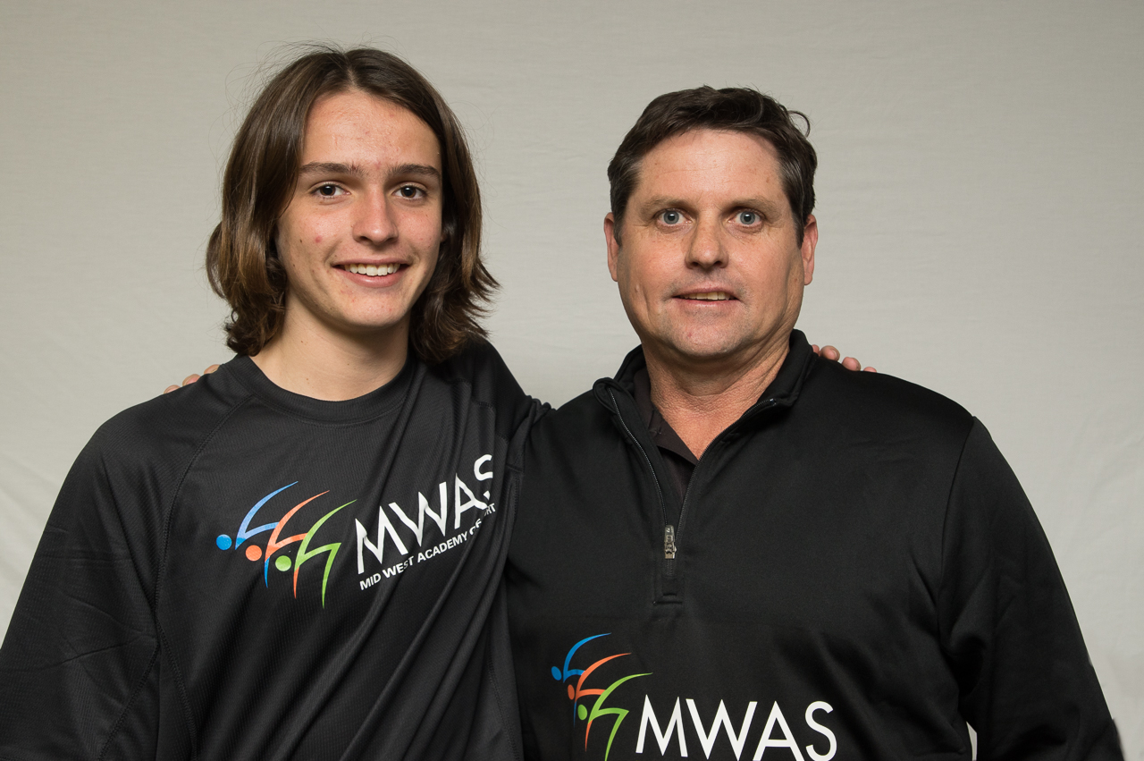 Scholarship athletes-Family photo-MWAS-Geraldton